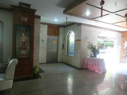 Ayutthaya Thenee Hotel photo 18