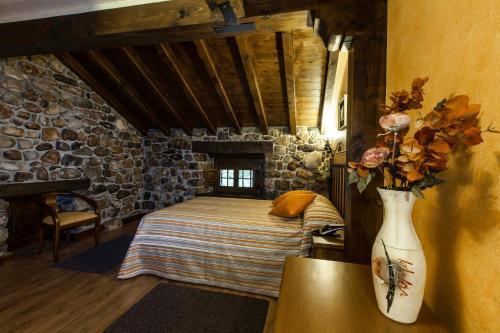 Habitación Doble con acceso al spa Hotel Spa Casona La Hondonada 11