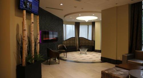 Halton Suites Ovation - Mississauga, ON L5B 0E1