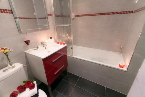 Idéal Hôtel Design photo 49