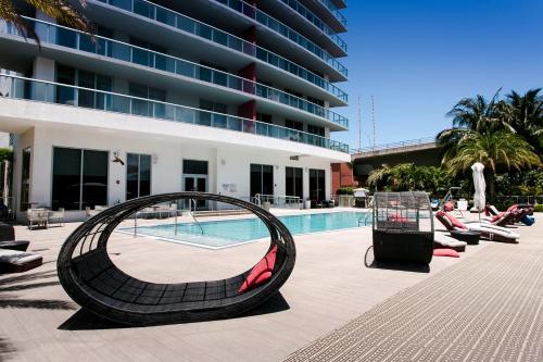 Beachwalk Resort By Miami Management