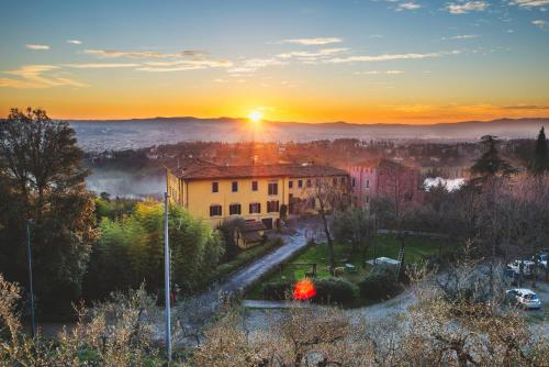 Via Benedetto da Maiano, 4, 50014 Fiesole FI, Italy.