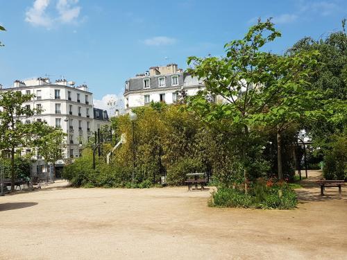 Moulin Vert photo 31