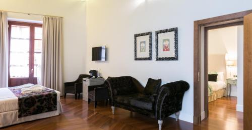 Familiensuite mit 2 Schlafzimmern Palacio Pinello 13