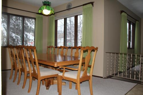 Country Comfort Bed And Breakfast - Golden, BC V0A 1H0