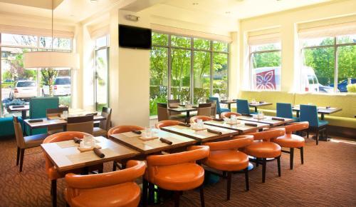 Hilton Garden Inn Seattle/renton - Renton, WA 98055