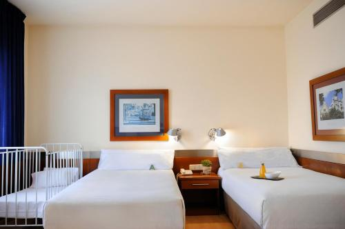 Tres Torres Atiram Hotels photo 6