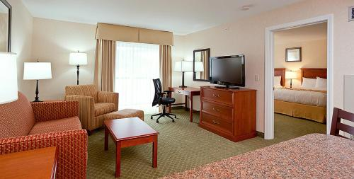 White River Inn & Suites Photo