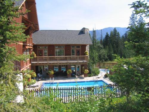 Timberline Lodges By Fernie Lodging Co - Fernie, BC V0B 1M6