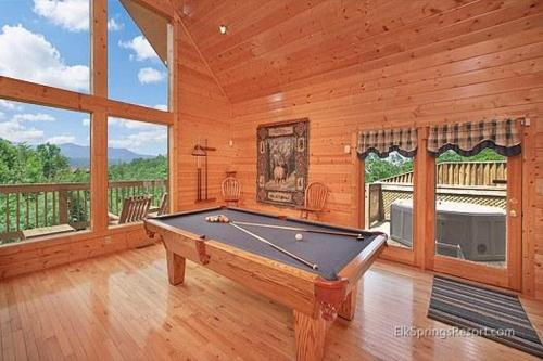 Knotty Pine Delight Holiday home Photo