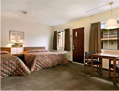 Travelers Inn - Longview, WA 98632