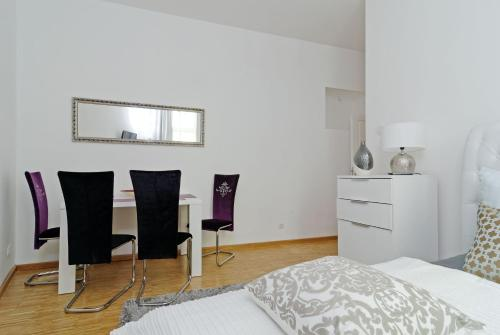 Grand Central Mitte Apartment photo 31