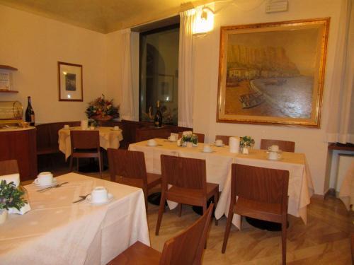 Hotel giardino prato in italy