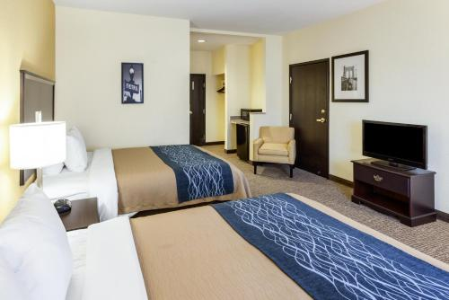 Comfort Inn & Suites Texas Hill Country - Boerne, TX 78006