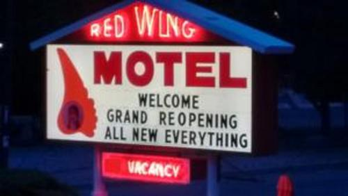 Red Wing Motel Photo