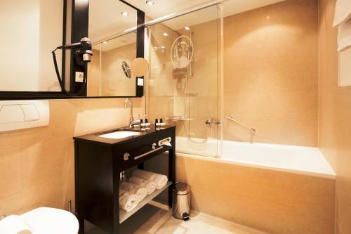 Hotel Victoria photo 49