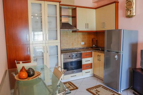 Apartments Qerret
