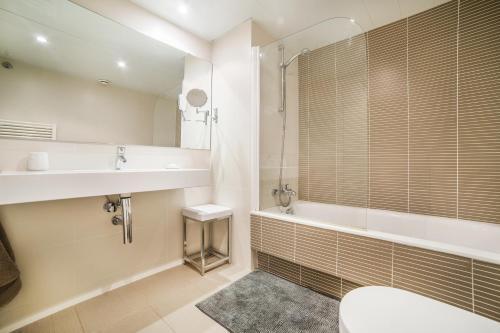 Luxury apartments and Villas photo 20