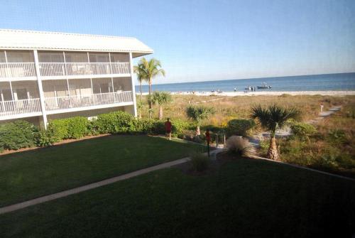 Sanibel Siesta on the Beach Unit 502 Photo