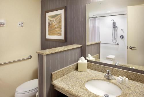 Courtyard By Marriott Reading Wyomissing - Reading, PA 19610