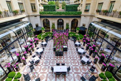 Four Seasons Hotel George V Paris photo 29