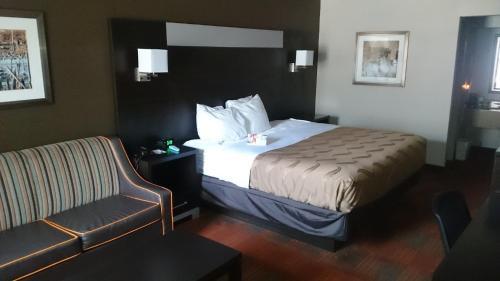 Quality Inn & Suites Stuttgart - Stuttgart, AR 72160