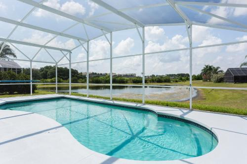 Mickey And Friends Pool House By The Pond - Kissimmee, FL 34747