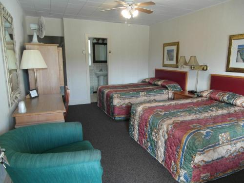 The Lionstone Inn Motel And Cottages