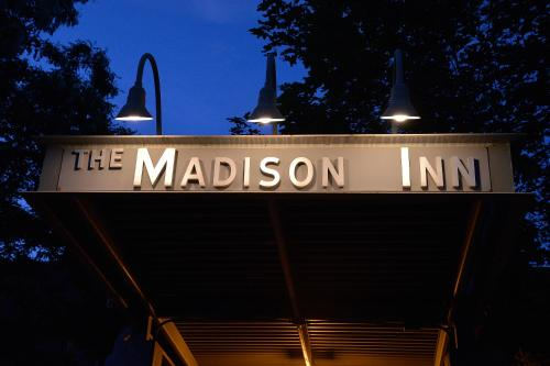 The Madison Inn by Riversage Photo