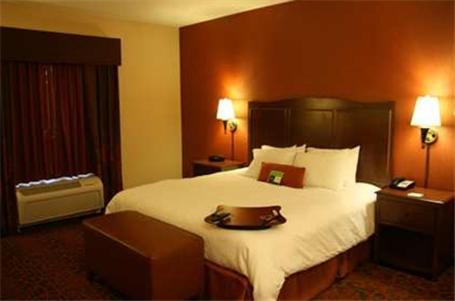 Hampton Inn And Suites New Castle - New Castle, PA 16101