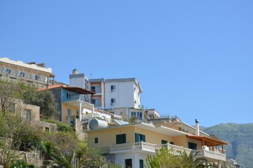 Bujar Apartments
