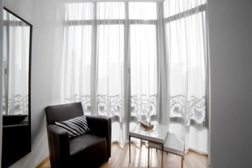 Serennia Apartamentos Ramblas - Plaça Catalunya photo 2