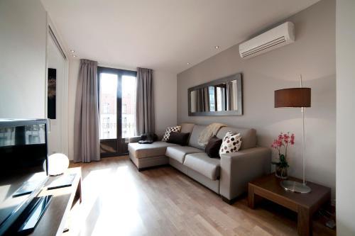 Serennia Apartamentos Ramblas - Plaça Catalunya impression