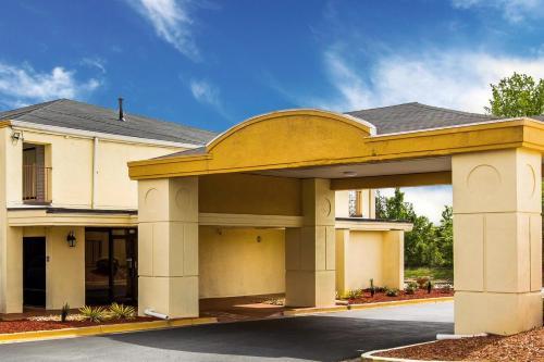 Econo Lodge - Conyers Photo