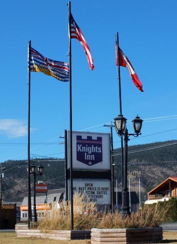 Knights Inn Merritt Motel Photo