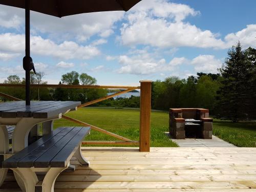 Prince's Inlet Retreat - Lunenburg, NS B0J 2C0