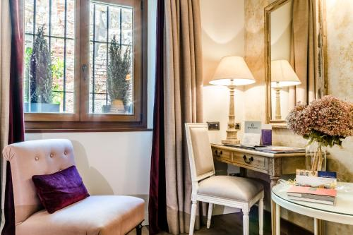 Double Room Grand Hotel Don Gregorio 4