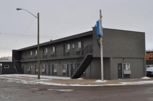 Camrest Motel