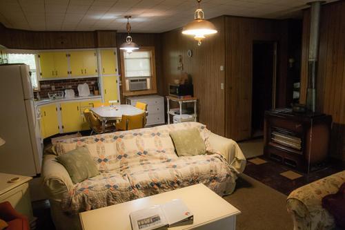 Burr Oak Cabin Photo