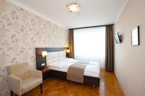 Medosz Hotel photo 46