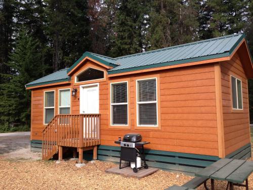 Leavenworth Camping Resort Cottage 7 Photo