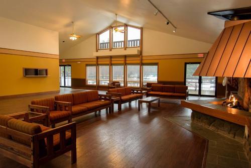 Leavenworth Camping Resort Lakeview Lodge 4 Photo