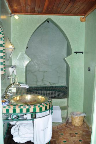 Boutarialt El Barrania, 83000 Taroudant, Morocco.