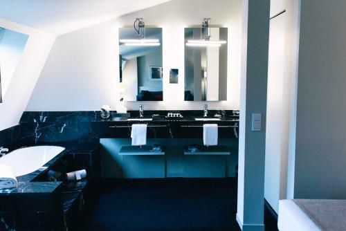 Suite Principal Hotel Miró 8