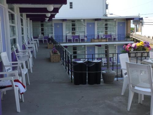 Monaco Motel - Wildwood Photo