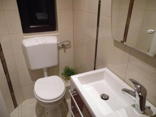 Bucharest Suites photo 100