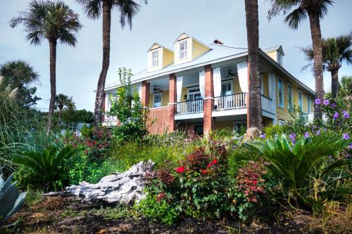 Beachview Bed And Breakfast & Inn