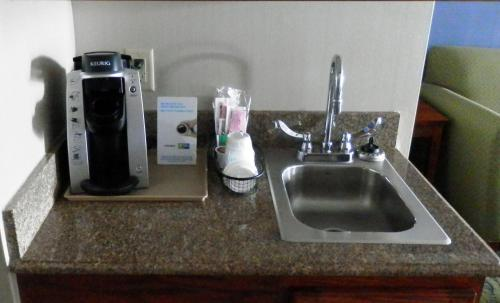 Holiday Inn Express Hotel & Suites Dubois Photo
