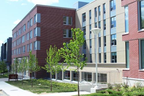 HotelRésidences de l'Université d'Ottawa - Résidence Henderson | University of Ottawa Residences - Henderson Residence