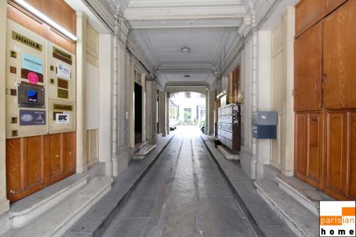 Parisian Home - Appartements Grands Boulevards, 2 bedrooms photo 24